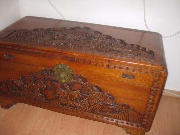 2 antike chinesische holztruhen zu verkaufen in m nchen. Black Bedroom Furniture Sets. Home Design Ideas