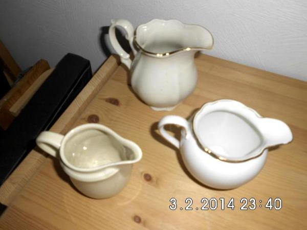 3 alte milchk nnchen in lautersheim glas porzellan antiquarisch kaufen und verkaufen ber. Black Bedroom Furniture Sets. Home Design Ideas