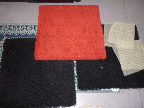 3 kleine teppiche langflor rot schwarz hampen ikea in freiburg kaufen und verkaufen ber. Black Bedroom Furniture Sets. Home Design Ideas