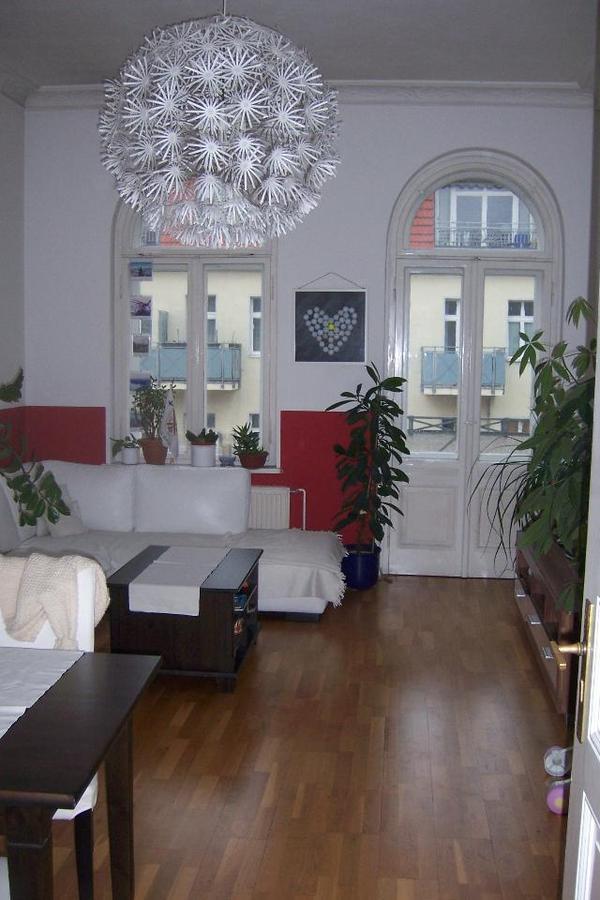 3 zimmer wohnung altbau nachmieter gesucht lichtenberg 85qm 630eur kalt balkon dielenboden stuck. Black Bedroom Furniture Sets. Home Design Ideas