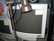 6 CRT Monitore