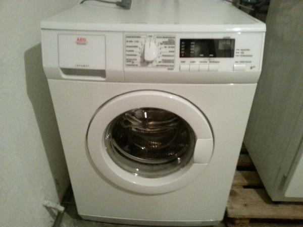 aeg waschmaschine 6464ol 6 kg 1400 u min ca 5 5 jahre alt. Black Bedroom Furniture Sets. Home Design Ideas