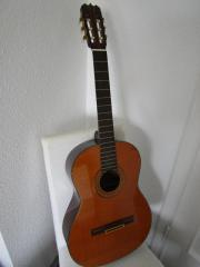 Akustische klassische Gitarre