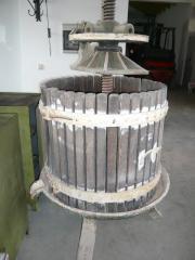 alte Weinpresse mit