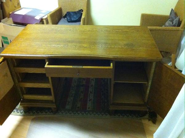 alter schreibtisch kaufen gebraucht und g nstig. Black Bedroom Furniture Sets. Home Design Ideas
