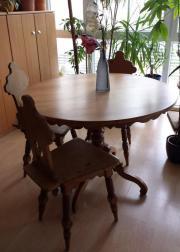 antike Essgruppe - Tisch +
