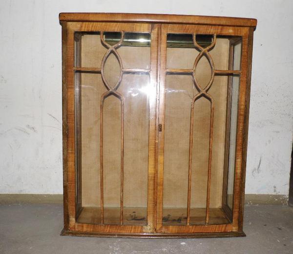 antike vitrine vitrine aufsatzvitrine antikm bel wohnzimmer k che gothik bauernm bel. Black Bedroom Furniture Sets. Home Design Ideas