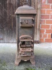 Antiker Kanonenofen aus