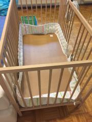 Babybett IKEA Komplettes Babybett von IKEA Sniglar 70 x 140cm, 2 Stäbe wurden herausgesägt (das Bett kann NICHT verschlossen werden, da die Stäbe nicht mehr ... 10,- D-53343Wachtberg Niederbachem Heute, 11:41 Uhr, Wachtberg Niederbachem - Babybett IKEA Komplettes Babybett von IKEA Sniglar 70 x 140cm, 2 Stäbe wurden herausgesägt (das Bett kann NICHT verschlossen werden, da die Stäbe nicht mehr