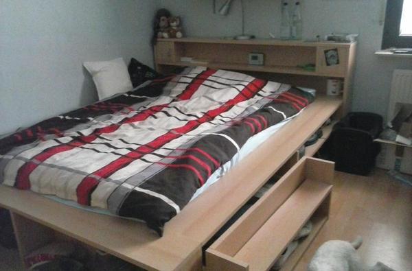 bett mit stauraum in wolfstein betten kaufen und verkaufen ber private kleinanzeigen. Black Bedroom Furniture Sets. Home Design Ideas