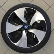 BMW i8 alloy
