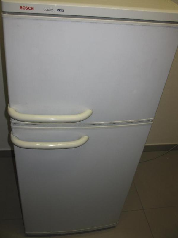 bosch antibacteria cooler k hl und gefrierschr nke. Black Bedroom Furniture Sets. Home Design Ideas