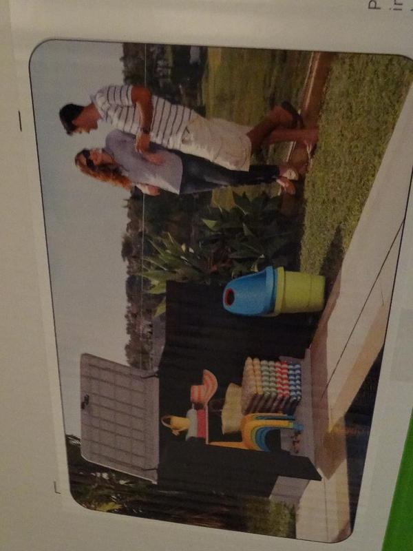 box f r garage terasse garten in ulm gartenm bel kaufen und verkaufen ber private kleinanzeigen. Black Bedroom Furniture Sets. Home Design Ideas