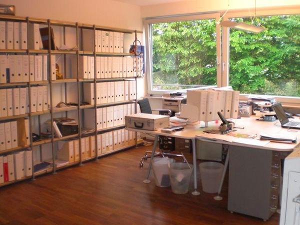 b ro schreibtisch in n rnberg b rom bel kaufen und. Black Bedroom Furniture Sets. Home Design Ideas