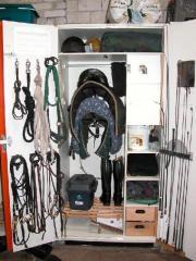 sattelschrank bundeswehr tiermarkt gebraucht kaufen oder kostenlos verkaufen kleinanzeigen bei. Black Bedroom Furniture Sets. Home Design Ideas