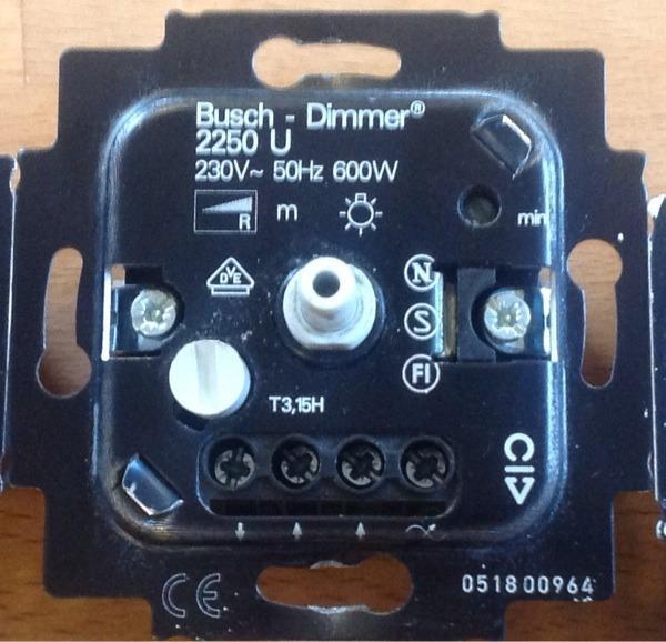 busch j ger dimmer 2250 u in gr benzell elektro heizungen wasserinstallationen kaufen. Black Bedroom Furniture Sets. Home Design Ideas