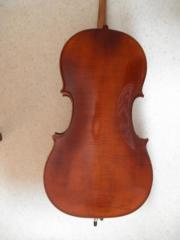 Cello , gebaut in
