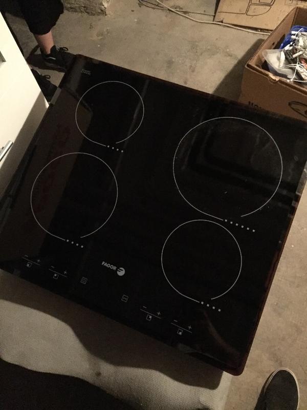 cerankochfeld schott und backofen ikea in mannheim k chenherde grill mikrowelle kaufen. Black Bedroom Furniture Sets. Home Design Ideas