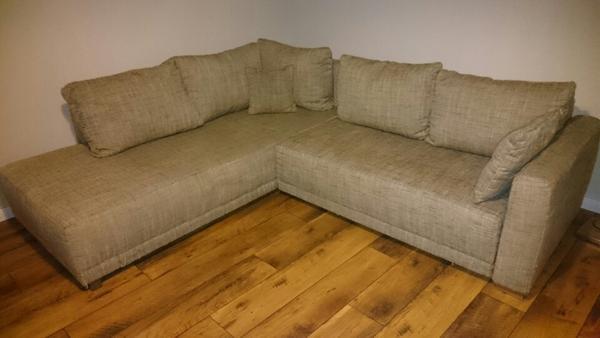 verkaufe meine couch wegen neuanschaffung couch ist in einem guten zustand und gepflegt sie. Black Bedroom Furniture Sets. Home Design Ideas