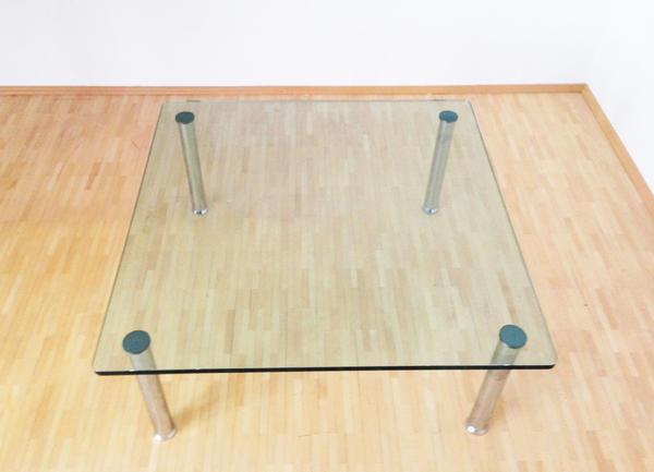design couchtisch glastisch quadratisch edel modern beistelltisch in grasbrunn couchtische. Black Bedroom Furniture Sets. Home Design Ideas