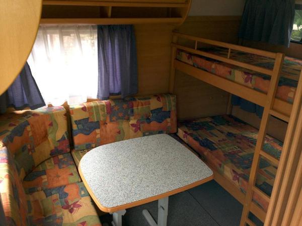 dethleffs camper 700 mk mit kinderzimmer kleinanzeigen. Black Bedroom Furniture Sets. Home Design Ideas