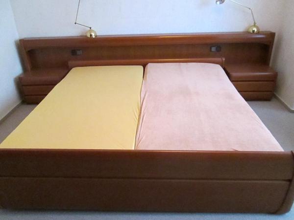 h lsta doppelbett kirschbaum sehr guter zustand 2 konsolen 2 lattenroste 1 matratze. Black Bedroom Furniture Sets. Home Design Ideas