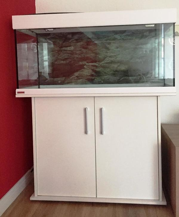 eheim aquarium vivaline 180 in augsburg fische aquaristik kaufen und verkaufen ber private. Black Bedroom Furniture Sets. Home Design Ideas