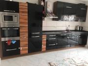 Einbauküche Schwarz Hochglanz