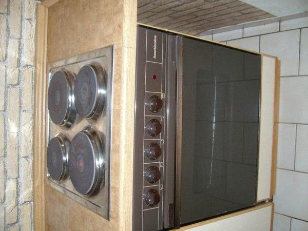 Elektroherd mit Backofen zum Einbau 4 Kochplatten in