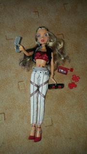 Fast neue Barbie