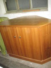 fernseher eckschrank haushalt m bel gebraucht und neu kaufen. Black Bedroom Furniture Sets. Home Design Ideas