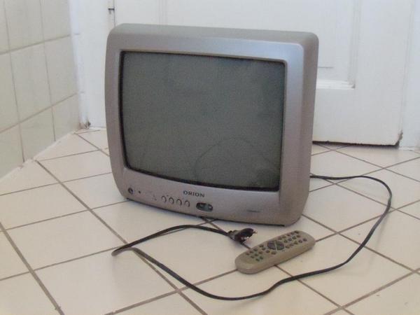 fernseher tv video elektronik m nchen gebraucht kaufen. Black Bedroom Furniture Sets. Home Design Ideas