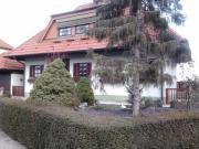 Freistehendes Haus in
