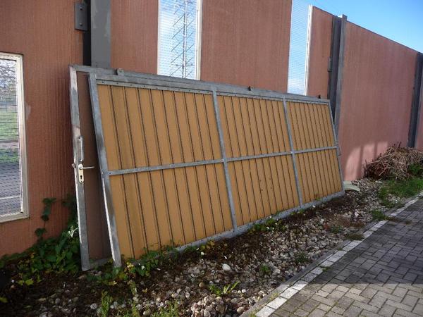 freitragendes rolltor schiebetor garagentor einfahrt in ludwigshafen t ren zargen tore. Black Bedroom Furniture Sets. Home Design Ideas
