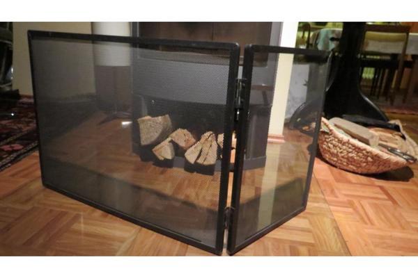 funkenschutzgitter f r offene kamine in sandhausen alles m gliche kaufen und verkaufen ber. Black Bedroom Furniture Sets. Home Design Ideas