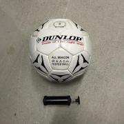 Fussball mit Pumpe