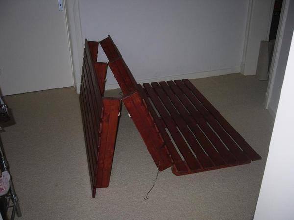 futon bettgestell klappbar in hamburg futonbetten kaufen und verkaufen ber private kleinanzeigen. Black Bedroom Furniture Sets. Home Design Ideas