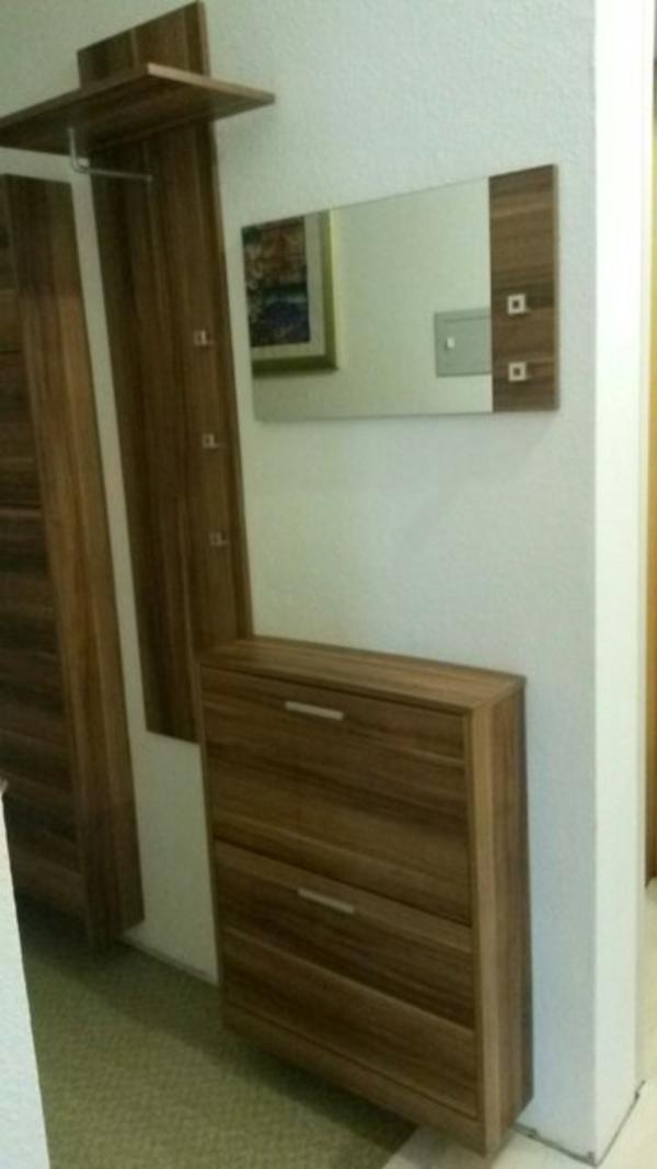 Garderobe nussbaum neu und gebraucht kaufen bei for Garderobe gebraucht