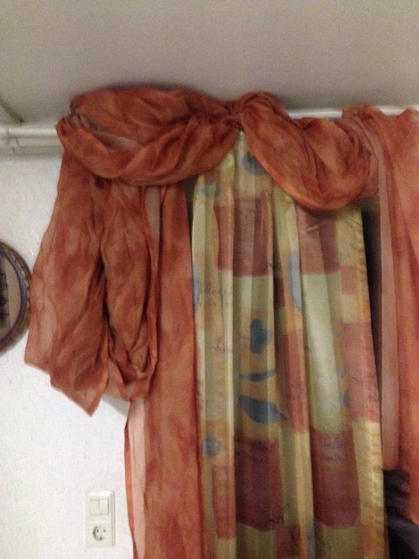 gardinen schals schwarz kaufen gebraucht und g nstig. Black Bedroom Furniture Sets. Home Design Ideas