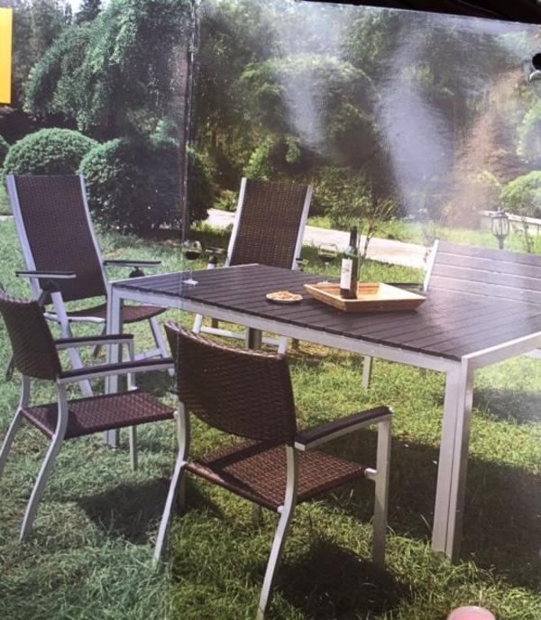 outdoor living das set besteht aus einem tisch 1 80 m x 1 00 m und 2 st hlen und 2 hochlehnern. Black Bedroom Furniture Sets. Home Design Ideas