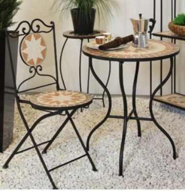 gartentisch bistrotisch u 2 st hle sitzgruppe restposten musterartikel reduziert in lampertheim. Black Bedroom Furniture Sets. Home Design Ideas