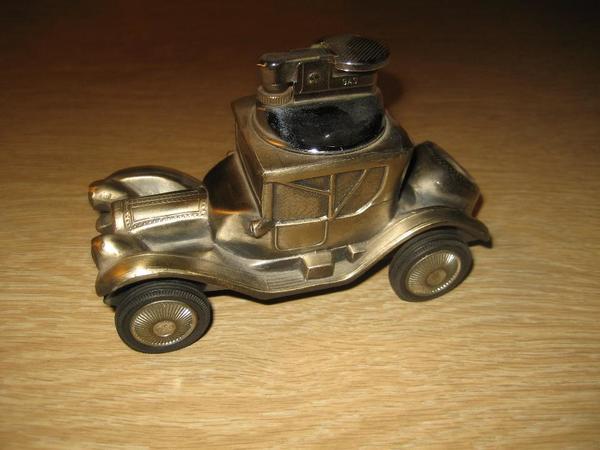 Gasfeuerzeug aus metall als cadillac oldtimer rarit t for Dekoartikel metall