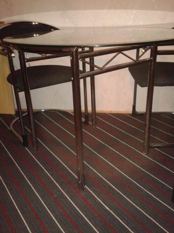 runder glastisch neu und gebraucht kaufen bei. Black Bedroom Furniture Sets. Home Design Ideas
