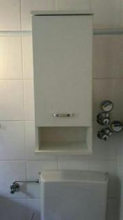 Hängeschrank Badezimmer