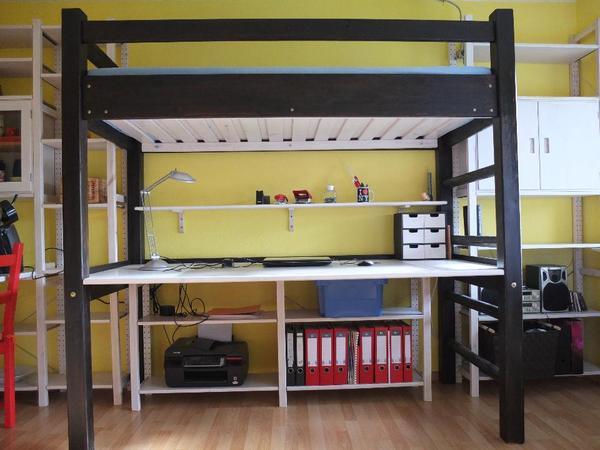 hochbett mit schreibtisch m bel einebinsenweisheit. Black Bedroom Furniture Sets. Home Design Ideas