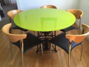 Hochwertiger einzigartiger Glastisch +