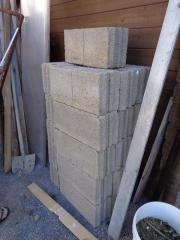 Hohlblock-Steine,grau