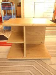Holztischchen zu verschenken