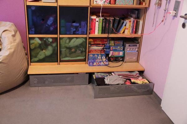 wohnwand h lsta kleinanzeigen m bel wohnen. Black Bedroom Furniture Sets. Home Design Ideas