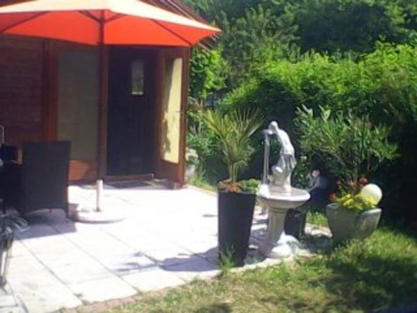 idyllischer kleingarten berlin mariendorf wg umzug zu verkaufen schreberg rten. Black Bedroom Furniture Sets. Home Design Ideas
